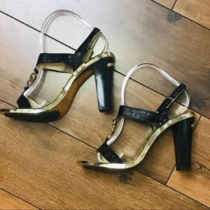 Micheal Kors Black & Gold Open Toe Sandals sz 9